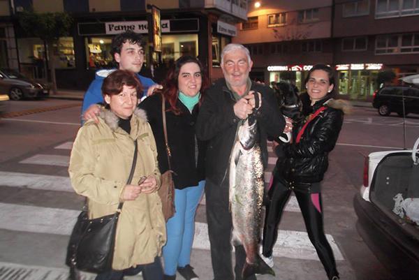 salmon_02.jpg